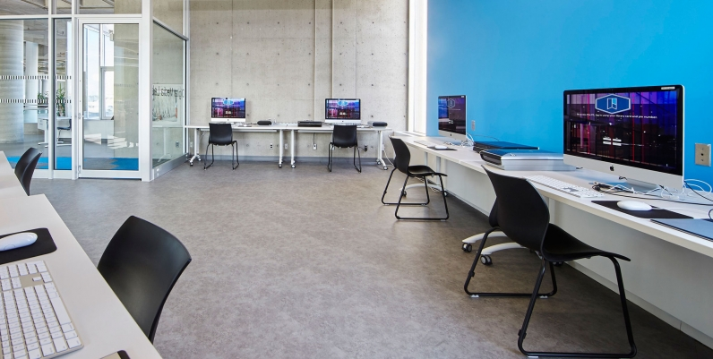 Photo of Central Library Digital Media Lab