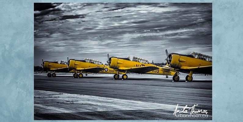 photo of vintage airplanes