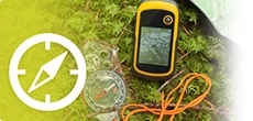 Geocaching logo with a compass
