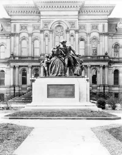 United Empire Loyalist Statue in Courthouse Square